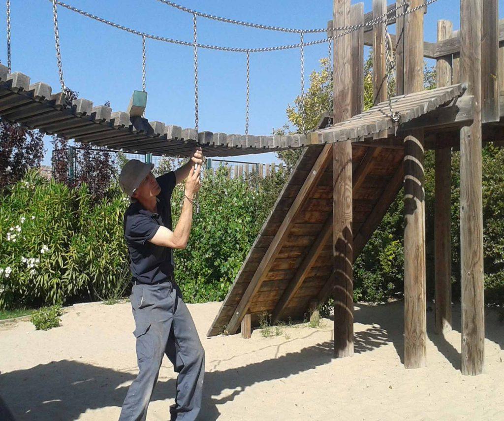 mantenimientio manitas parque infantil arreglos