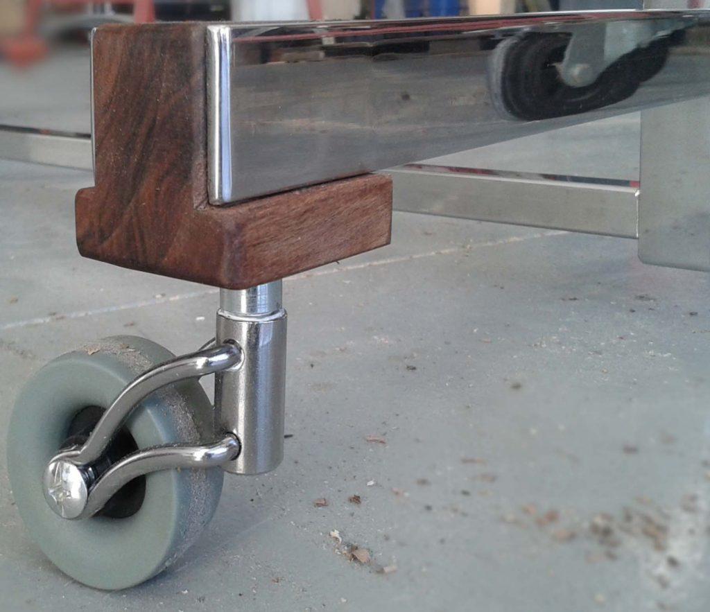 perchero en acero inoxidable madera mueble deseño talleracero tam